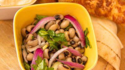 Piyaz - Weißer Bohnensalat