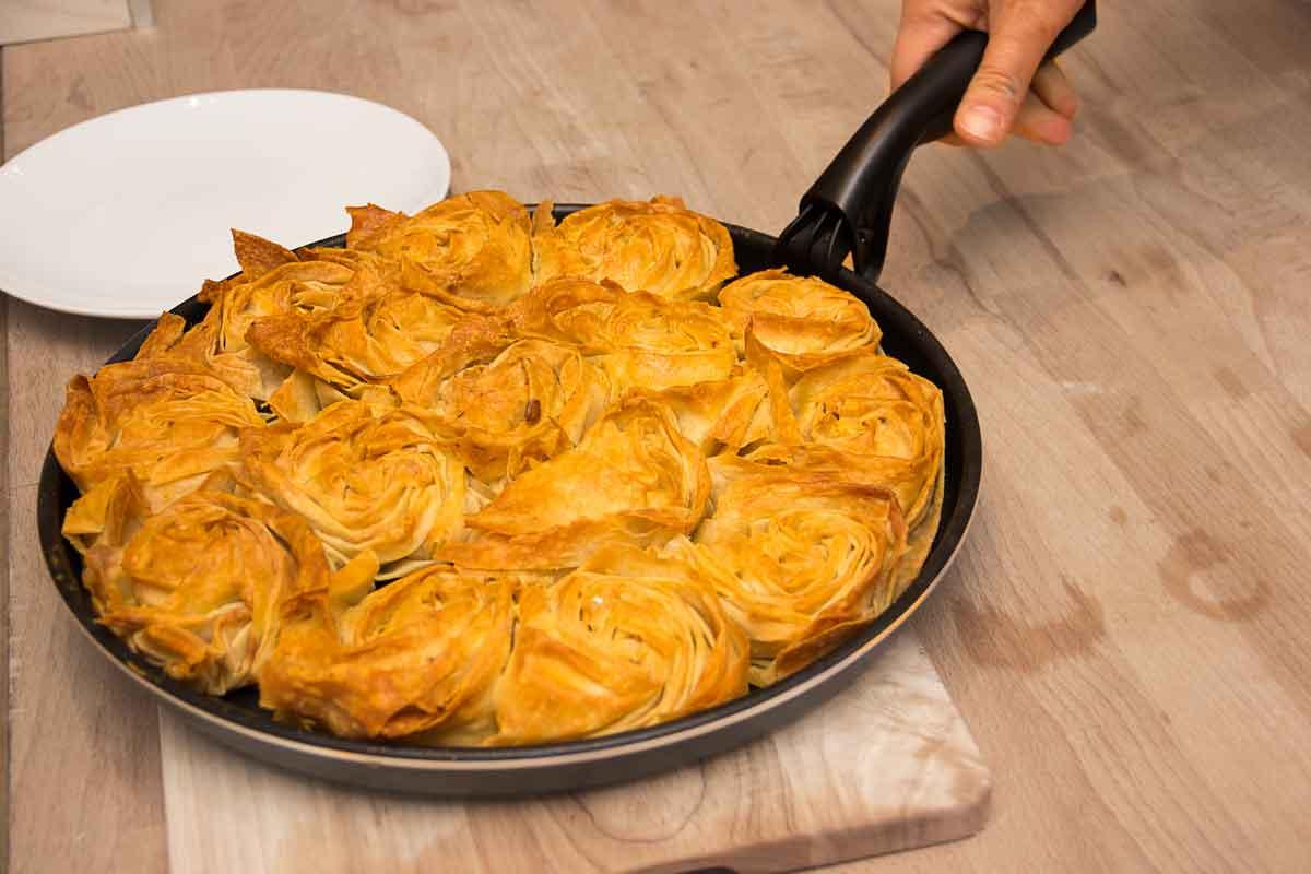 *Bal kabakli gül böreği* ~ Börek-Rosen mit Kürbis-Walnuss-Füllung ~ Rezept