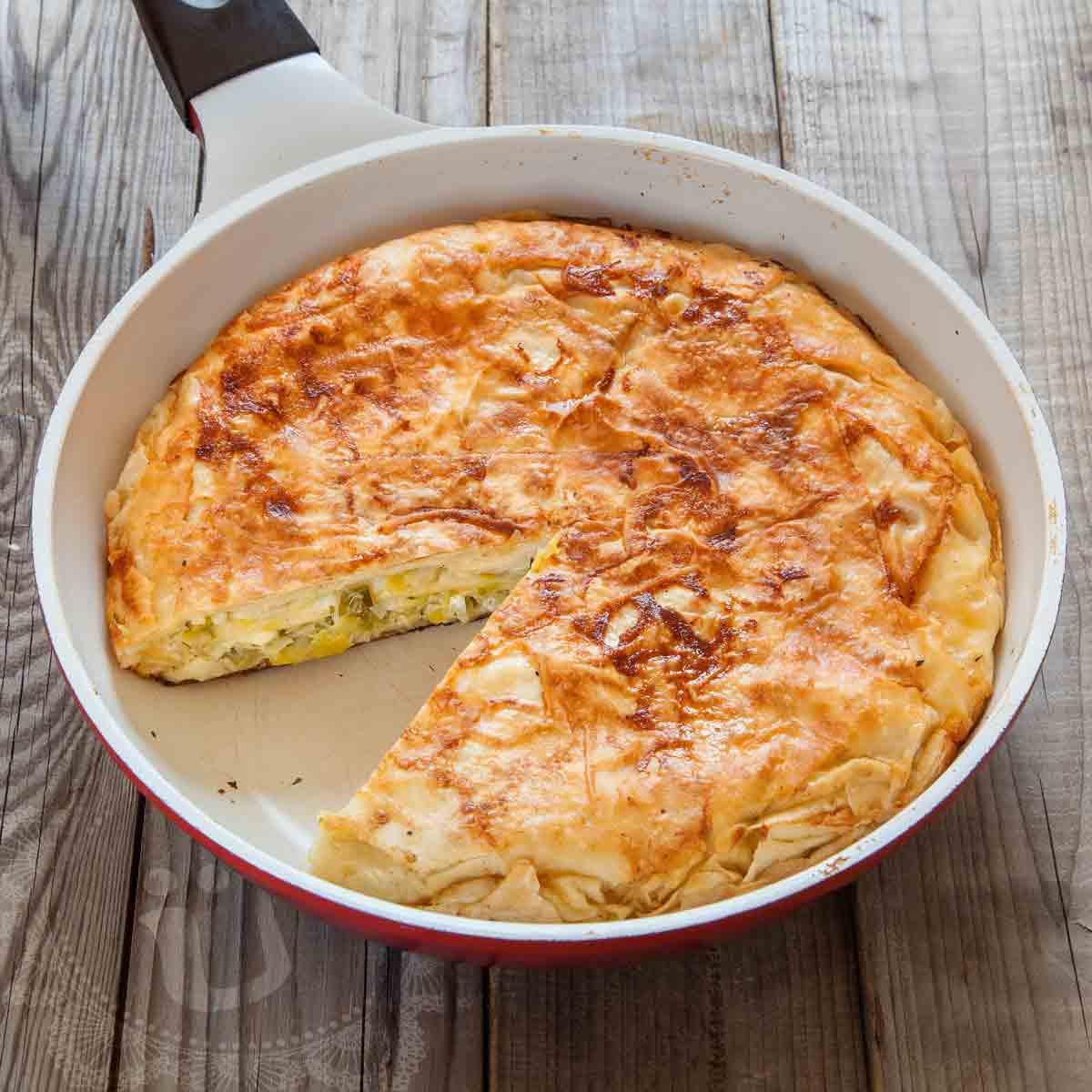 *tavada pırasalı börek* ~ Börek in der Pfanne mit Lauch ~ Rezept & Video