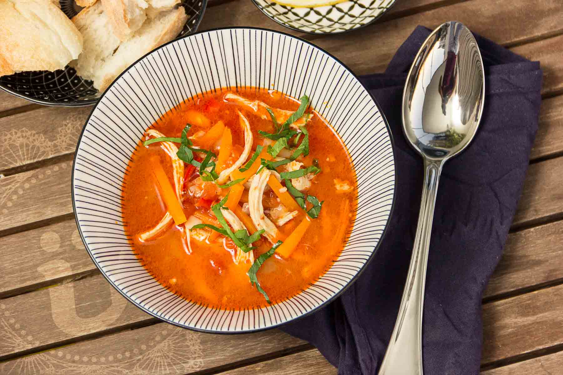 Şehriyeli ve domatesli tavuk çorbası ~ türkische Suppe, Türkische Hühnersuppe mit Nudeln