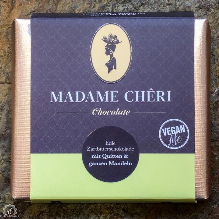 MADAME CHĚRI - Zartbitter Quitte mit ganze Mandeln