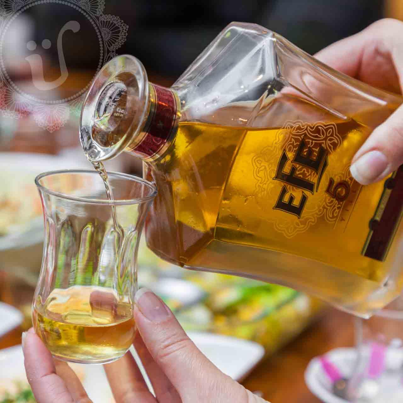 Efe 5, Efe Raki 5, Efe 5 Raki, Rakı Angebot, Online Verkauf, EFE RAKI, EFE, 5 Jahre gereift, 5 yıllık, gold, whiskey-Fässer, gereift in, Whiskey-Eichenfässern, exqiusite, edel, exklusiv, für besondere Anlässe, türkischer Raki,