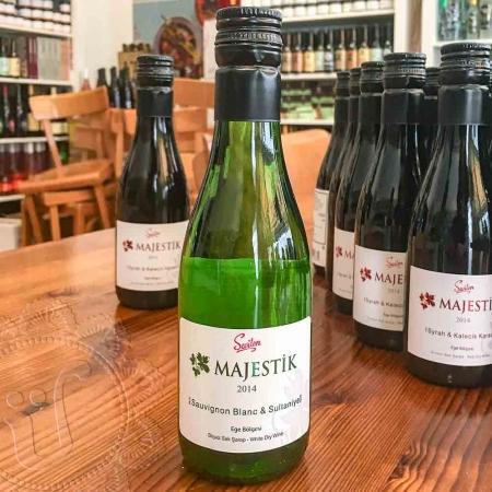 SEVILEN Majestik Sauvignon Blanc-Sultaniye 2014