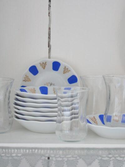 Türkische porzellan Untersetzer, Untertassen für Tee, rot, blau, weiß, Turkish saucer for tea glass red blue white