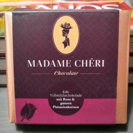 Madame Chêri - Vollmilch Rose mit ganzen Pistazien