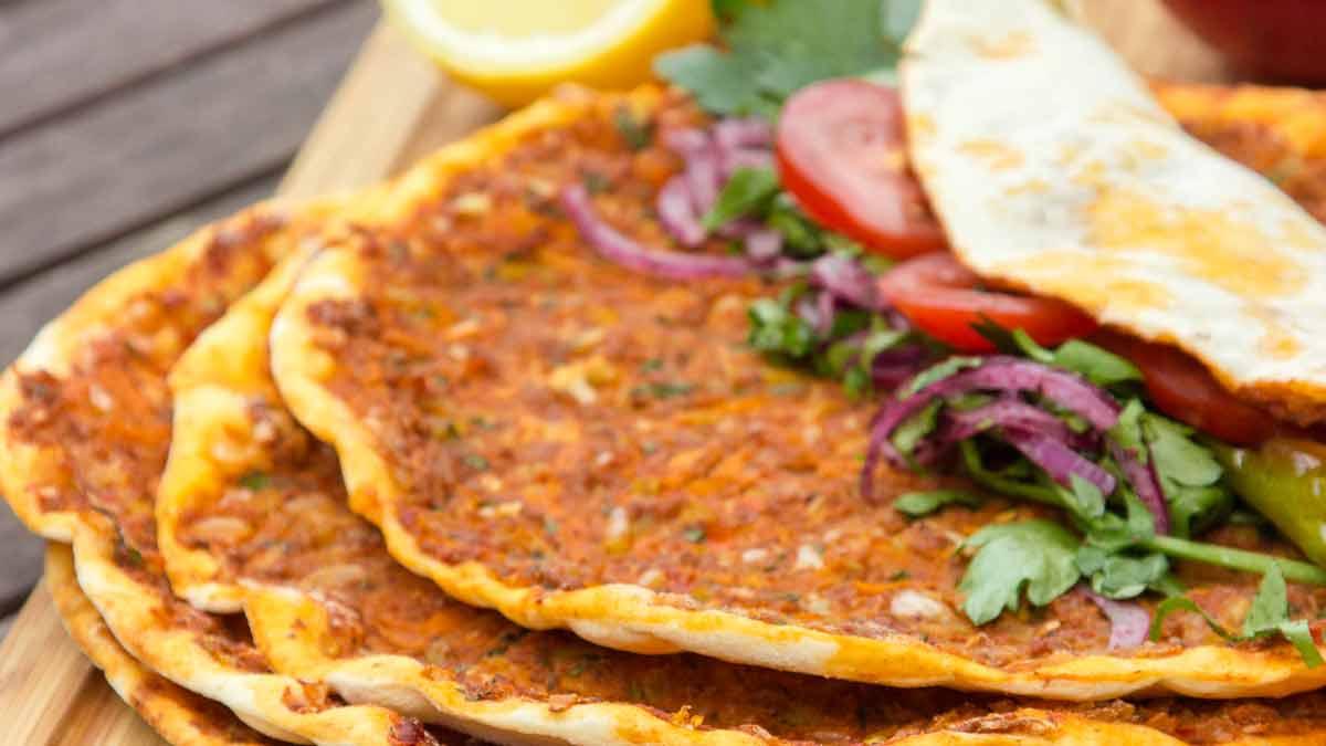 *Lahmacun* ~ NICHT türkische Pizza ~ Rezept & Video