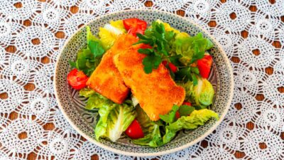 Beyaz peynir sahanaki ~ Panierter Käse mit Salat