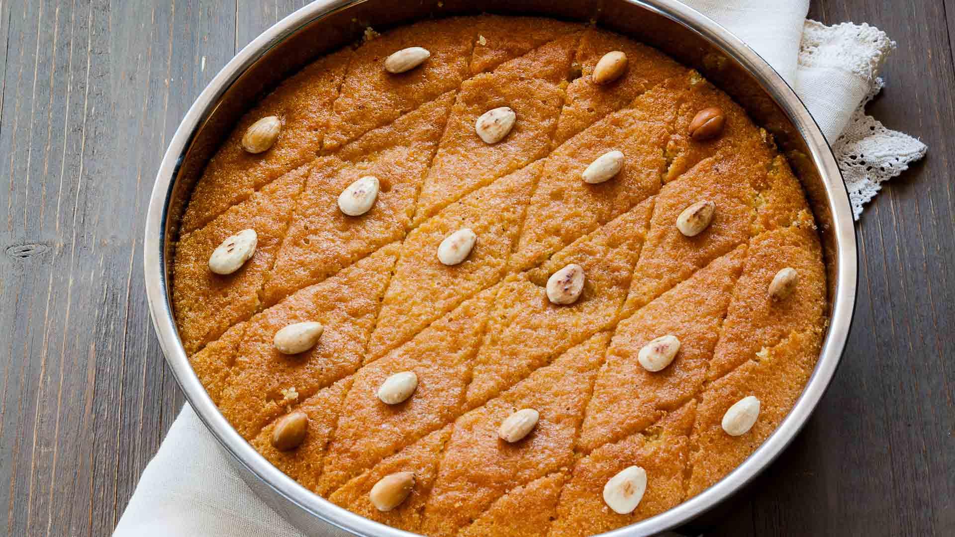 Revani - saftiger türkischer Grießkuchen von KochDichTürkisch