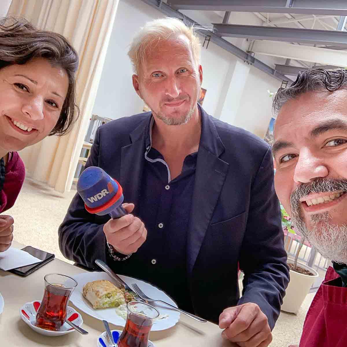 WDR Lokalzeit Düsseldorf mit Dave Hänsel, Gavurdagi salatasi, Börek mit Lauch und Haydari
